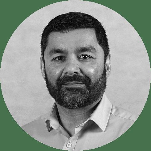 Headshot of Kashif Naqshbandi